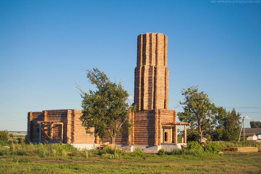 Церковь Троицы Живоначальной (новая), Кашинка