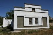 Церковь Трёх Святителей - Добрушино - Сакский район - Республика Крым