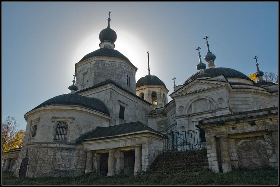 Церковь Рождества Пресвятой Богородицы, Старица