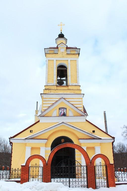 Московская область, Сергиево-Посадский городской округ, Слотино. Церковь Иоанна Богослова, фотография. фасады, Вид с запада