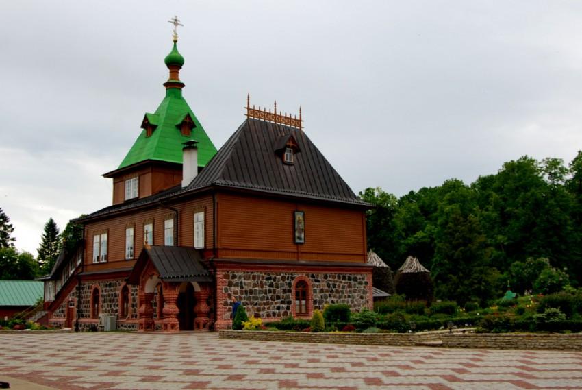 Эстония, Ида-Вирумаа, Куремяэ. Успенский Пюхтицкий женский монастырь, фотография. дополнительная информация