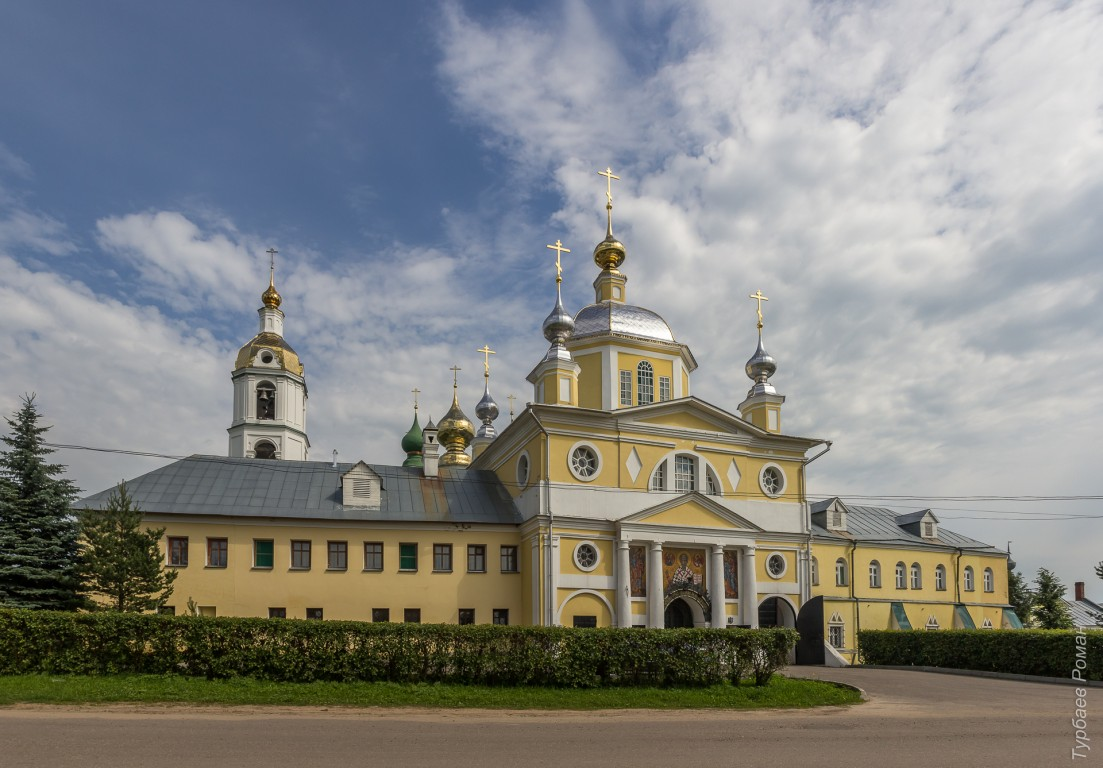Ивановская область, Шуйский район, Введеньё. Николо-Шартомский мужской монастырь, фотография. фасады