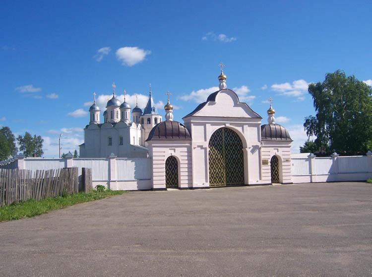 Успенский Паисиево-Галичский женский монастырь, Успенская Слобода