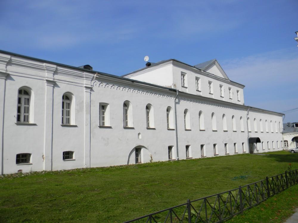 Юрьев мужской монастырь, Юрьев