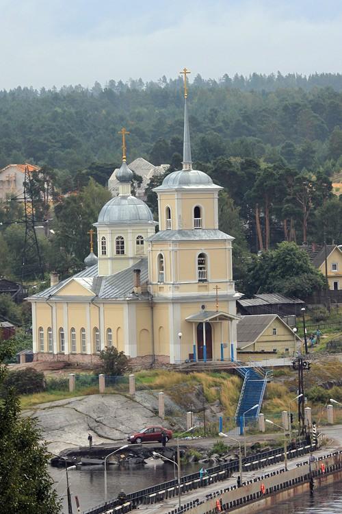 Церковь Сретения Господня, Соломенное