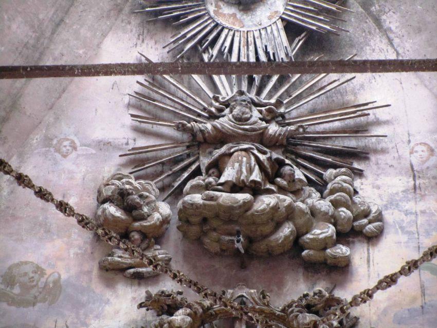 Вологодская область, Тотемский район, Тотьма. Церковь Входа Господня в Иерусалим, фотография. интерьер и убранство, сохранившийся фрагмент завершения иконостаса верхней церкви