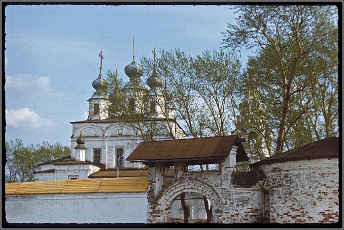Вологодская область, Великоустюгский район, Морозовица. Троице-Гледенский монастырь, фотография. фасады