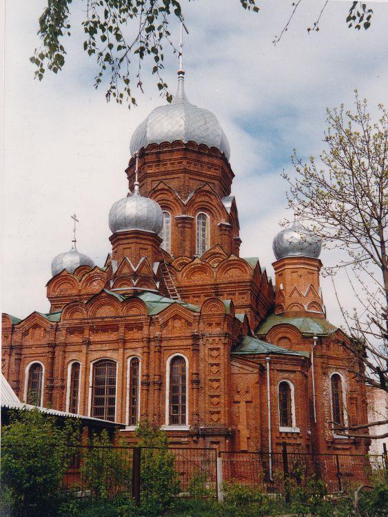 Московская область, Орехово-Зуевский городской округ, Ликино-Дулёво. Церковь Иоанна Богослова, фотография. фасады