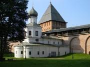Великий Новгород. Кремль. Церковь Покрова Пресвятой Богородицы