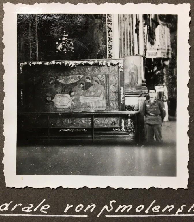 Смоленская область, Смоленск, город, Смоленск. Кафедральный собор Успения Пресвятой Богородицы, фотография. архивная фотография, Плащаница. Уникальное фото 1941 г. с аукциона e-bay.de