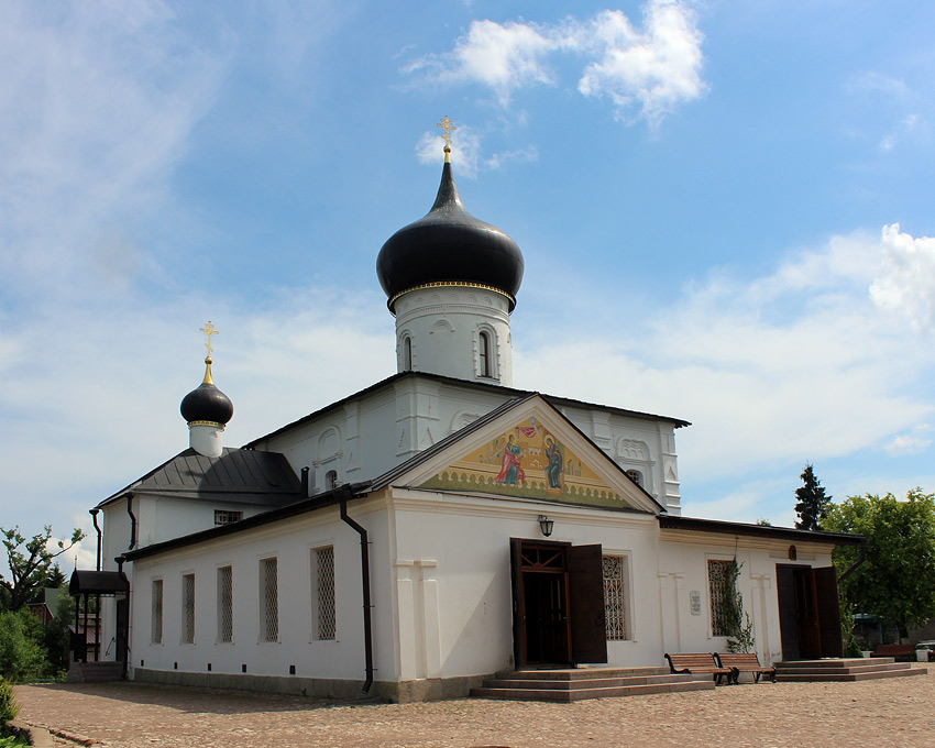Церковь Георгия Победоносца-Старая Русса-Старорусский район-Новгородская область