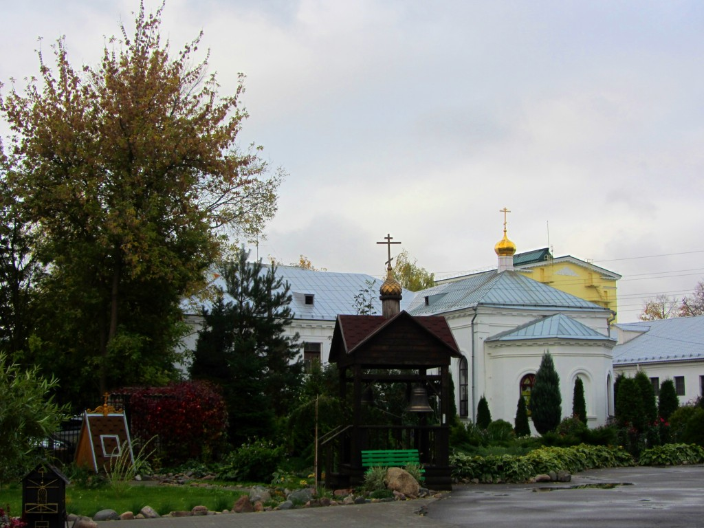 Ярославская область, Ярославль, город, Ярославль. Казанский монастырь, фотография. общий вид в ландшафте