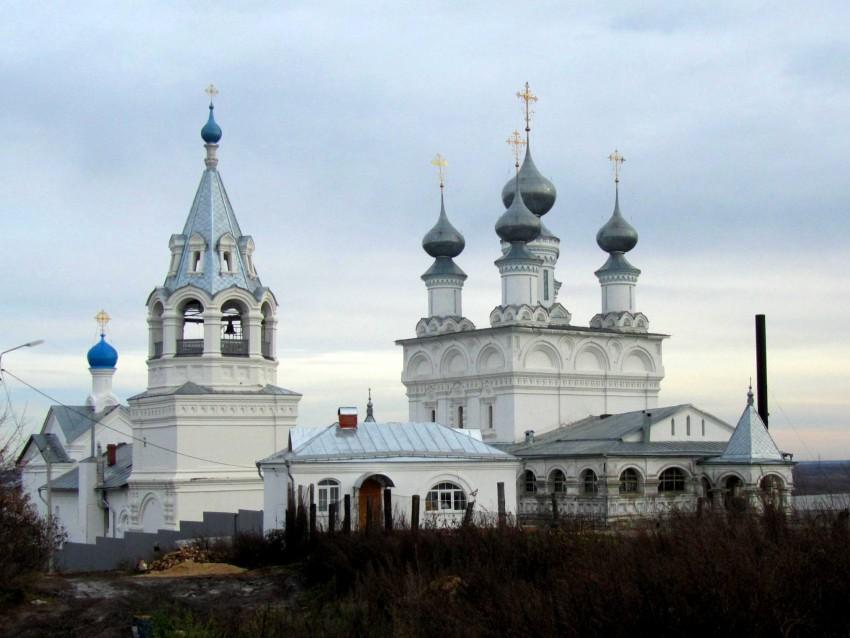 Владимирская область, Муромский район и г. Муром, Муром. Воскресенский монастырь, фотография. фасады, вид на монастырские храмы с западной стороны