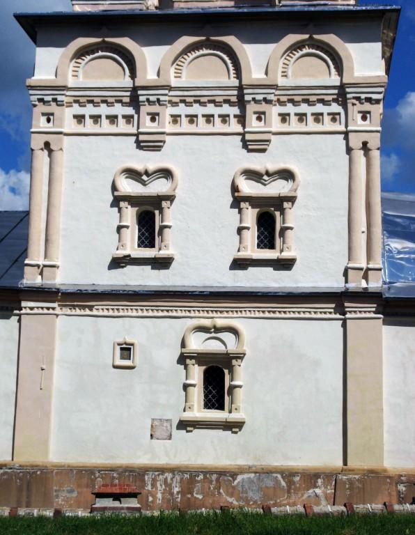 Рязанская область, Рязань, город, Рязань. Церковь Спаса Преображения на Яру, фотография. архитектурные детали, Южный фасад основного объема церкви