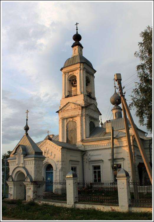 Ивановская область, Приволжский район, Толпыгино. Церковь Воскресения Словущего, фотография. фасады