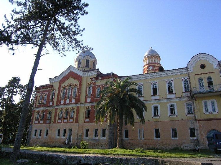 Прочие страны, Абхазия, Новый Афон. Новоафонский монастырь Симона Кананита, фотография. фасады