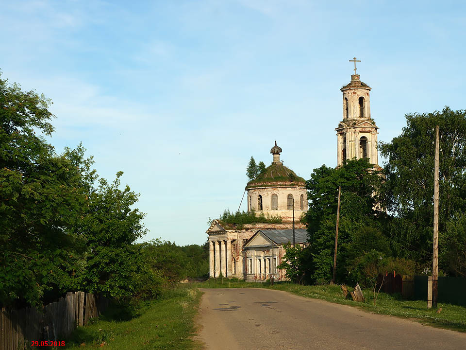 Тверская область, Лихославльский район, Толмачи. Церковь Богоявления Господня, фотография. фасады