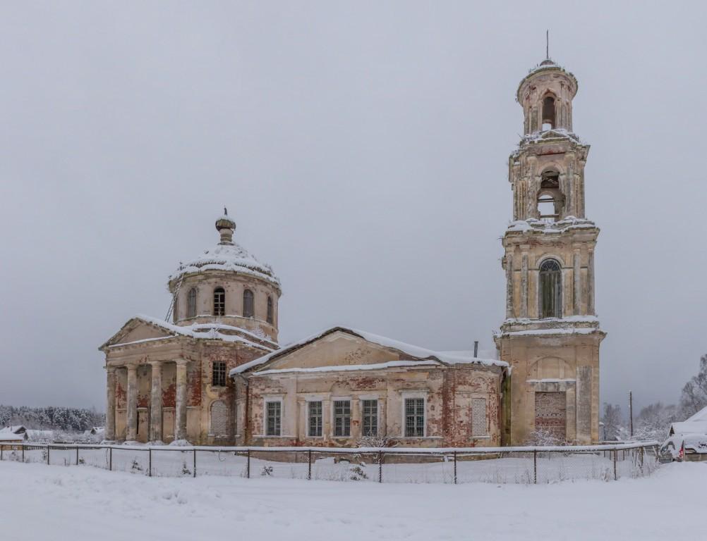Тверская область, Лихославльский район, Толмачи. Церковь Богоявления Господня, фотография. фасады, Панорама с севера