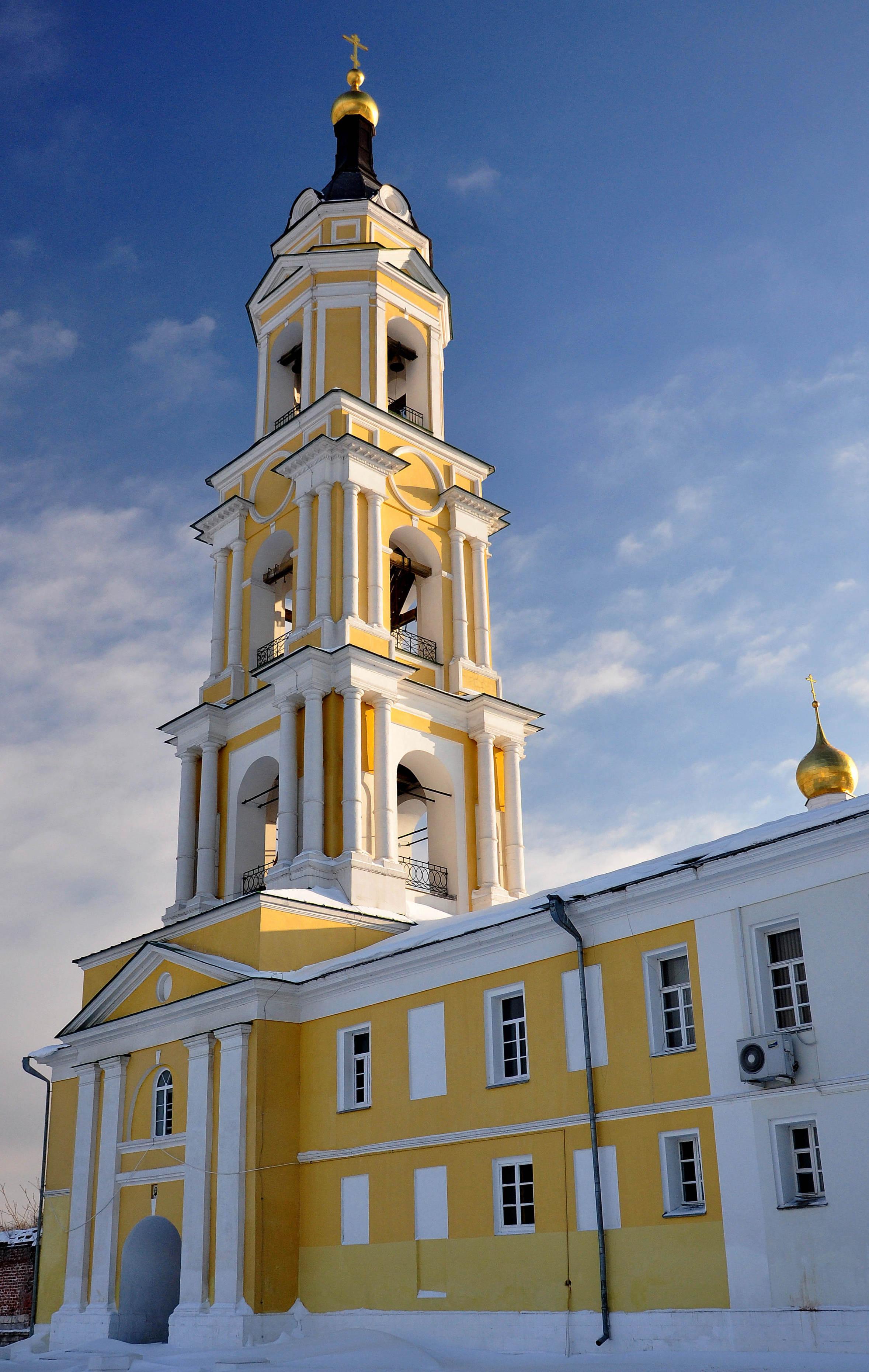 старо голутвинский монастырь фото края