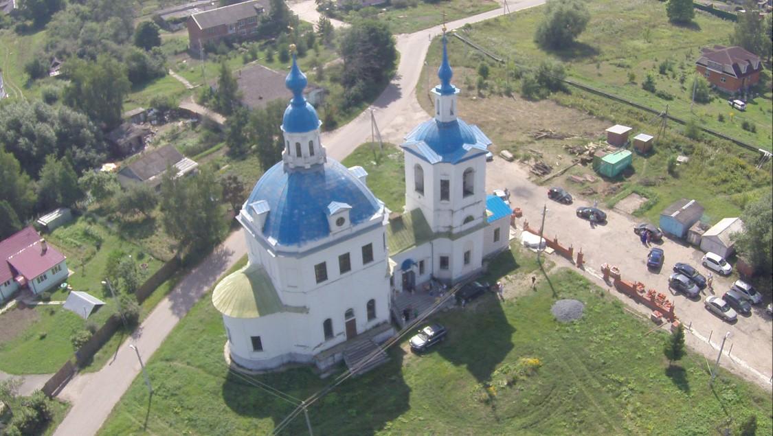 Московская область, Каширский городской округ, Кокино. Церковь Богоявления Господня, фотография. общий вид в ландшафте