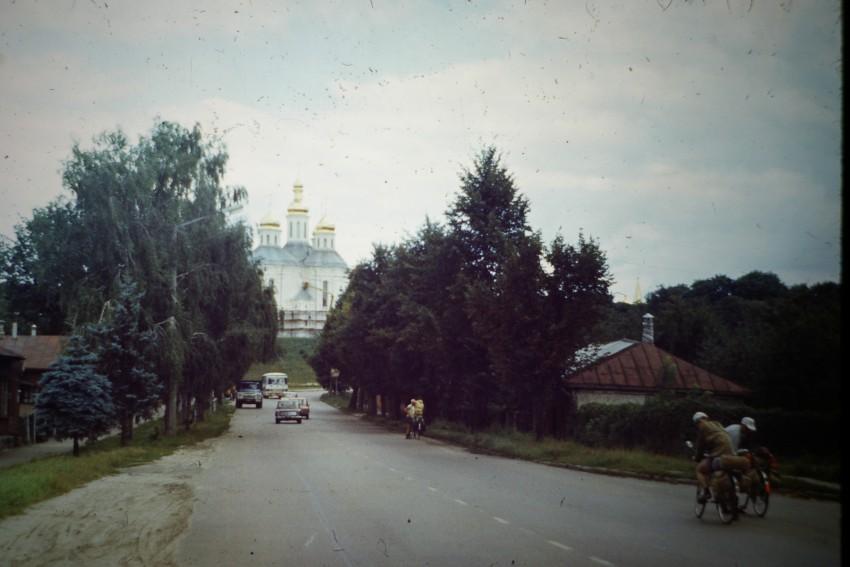 Украина, Черниговская область, Чернигов, город, Чернигов. Церковь Екатерины, фотография. общий вид в ландшафте