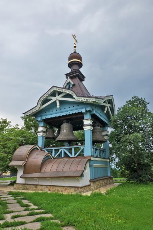 Украина, Киевская область, Киев, город, Киев. Троицкий Ионин монастырь, фотография. фасады