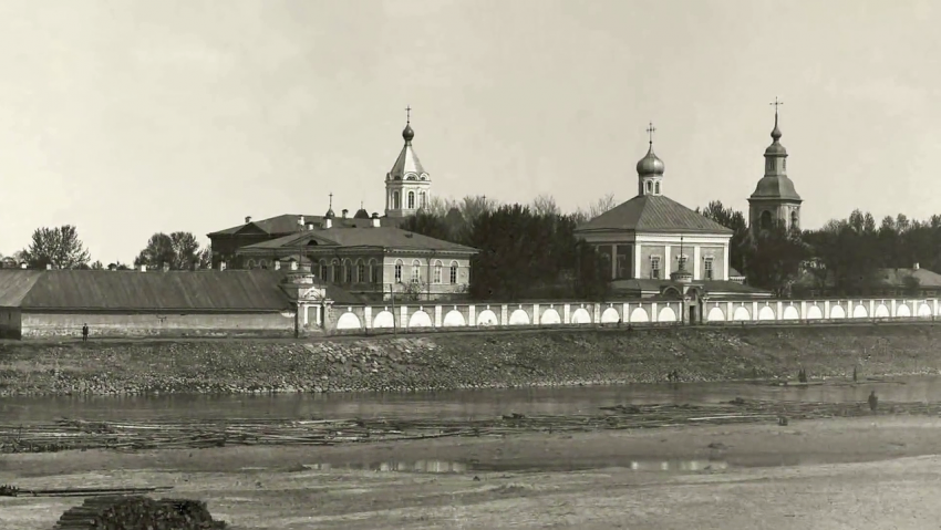 Свято-Духов Иаковлев Боровичский монастырь, Боровичи