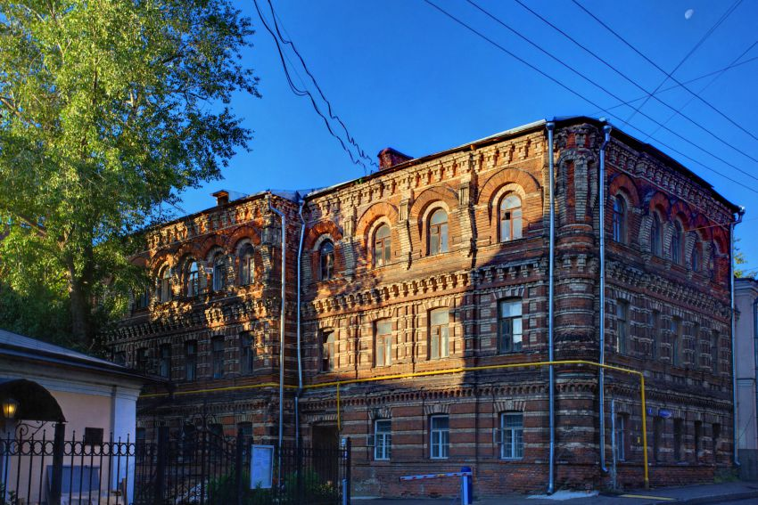 Церковь Сергия Радонежского в Крапивниках, Москва
