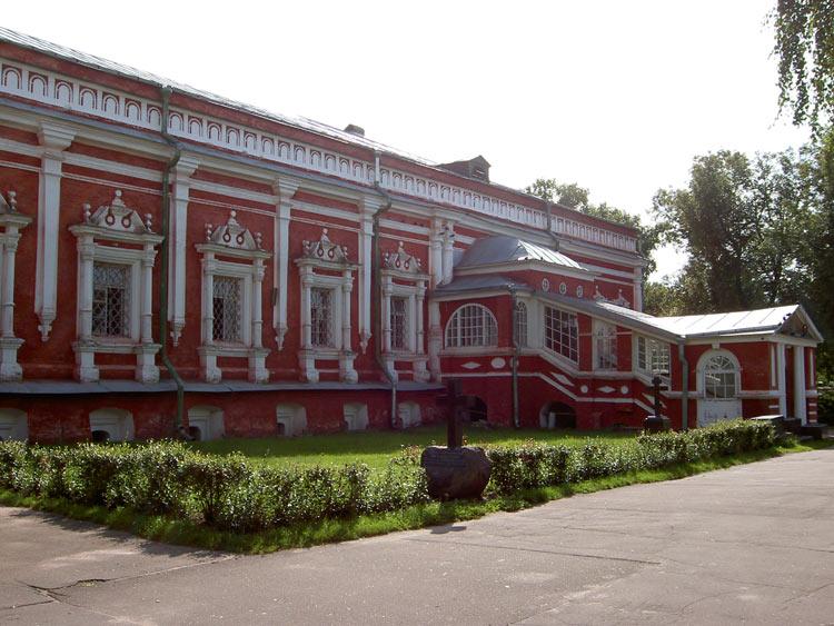 Новодевичий монастырь. Церковь Успения Пресвятой Богородицы, Москва