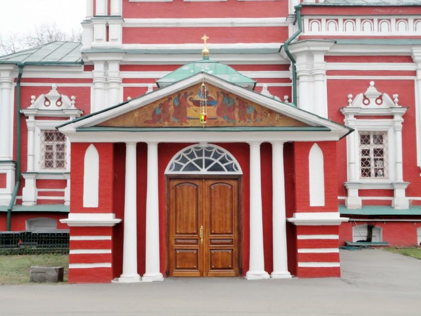 Новодевичий монастырь. Церковь Успения Пресвятой Богородицы, РњРѕСЃРєРІР°