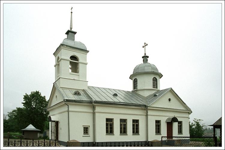 Ленинградская область, Волховский район, Волхов. Церковь Михаила Архангела, фотография. фасады