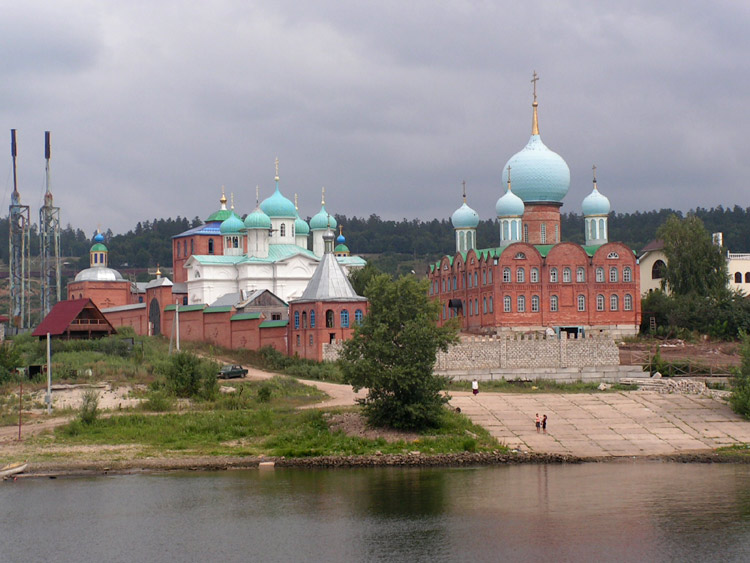 Самарская область, Тольятти, город, Фёдоровка. Благовещенский скит, фотография. общий вид в ландшафте