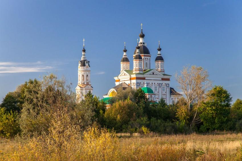 Пензенская область, Наровчатский район, Сканово. Троице-Сканов женский монастырь, фотография. общий вид в ландшафте