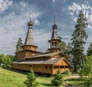Прибрежный. Церковь Новомучеников и исповедников Церкви Русской