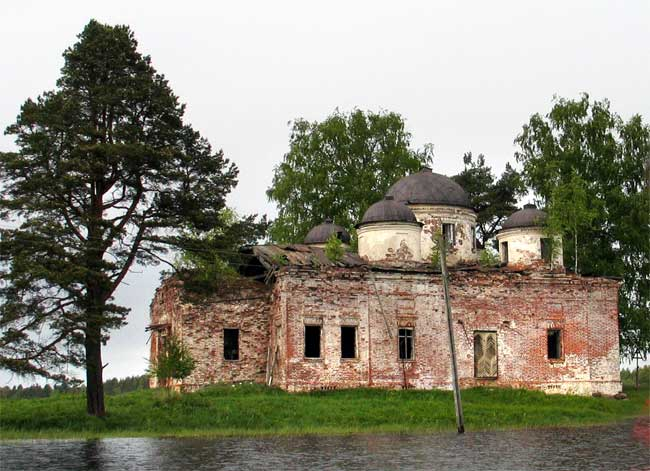 Вологодская область, Вытегорский район, Ундозерский Погост. Церковь Богоявления Господня, фотография. фасады,