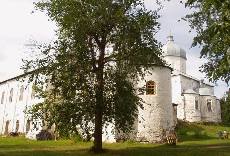 Архангельская область, Онежский район, Кий-остров. Кийский Крестный монастырь, фотография. фасады