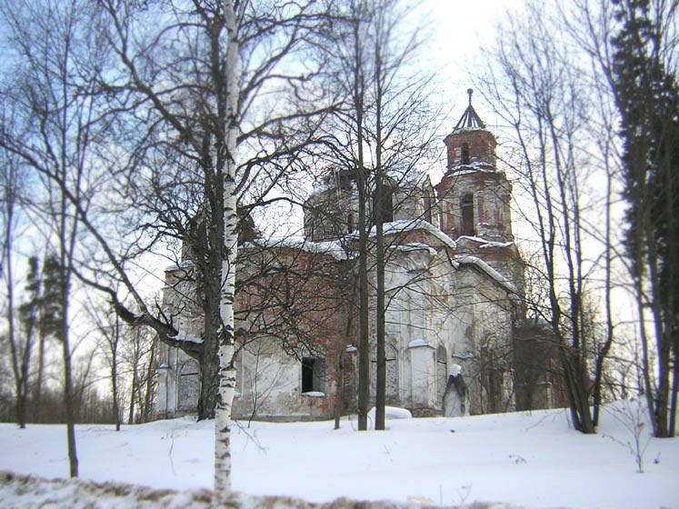 Нижегородская область, Ветлужский район, Белышево. Церковь Воскресения Христова, фотография. общий вид в ландшафте