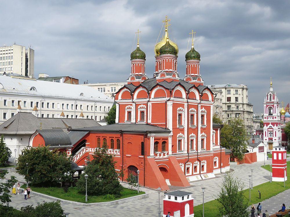 Знаменский монастырь. Собор иконы Божией Матери