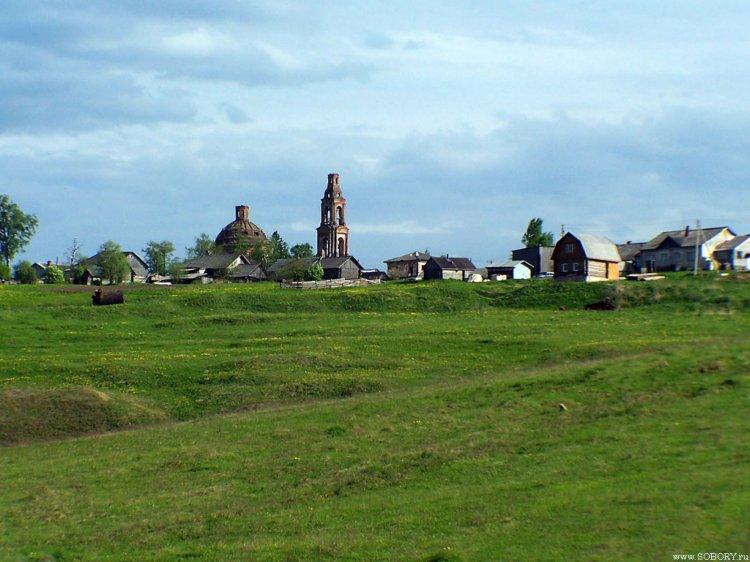 Костромская область, Сусанинский район, Головинское. Церковь Богоявления Господня, фотография. общий вид в ландшафте