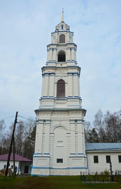 Церковь Троицы Живоначальной, Эрлекс