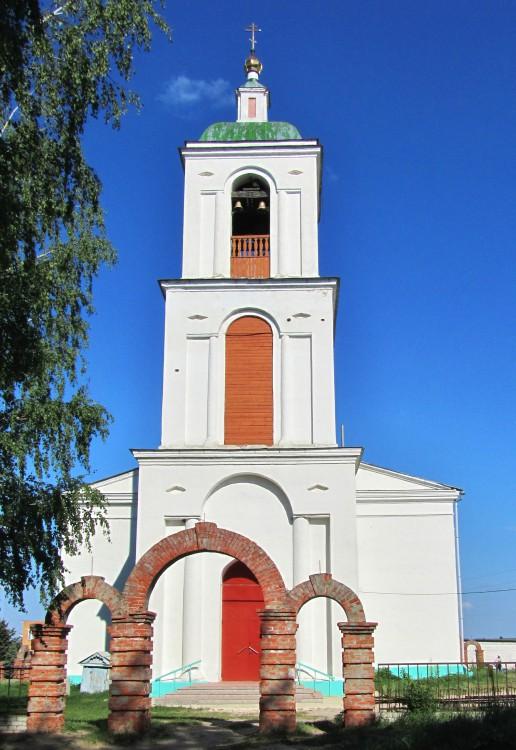 Республика Мордовия, Темниковский район, Аксел. Церковь Рождества Христова, фотография. фасады, колокольня, вид с запада