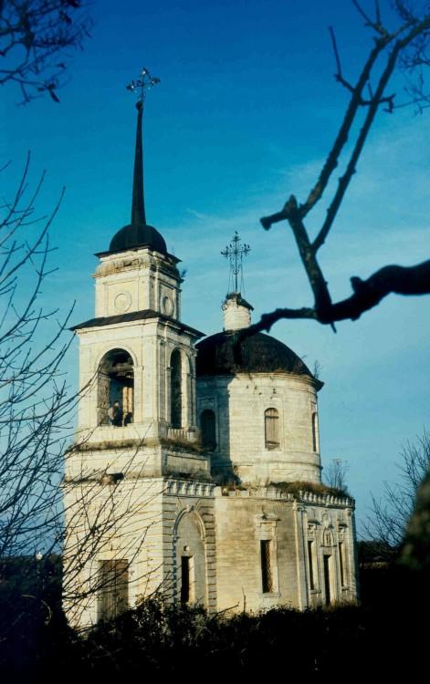 Церковь Николая Чудотворца, Ушаковские Горки