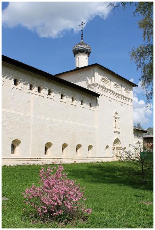 Спасо-Евфимиевский монастырь. Больничная церковь Николая Чудотворца, Суздаль