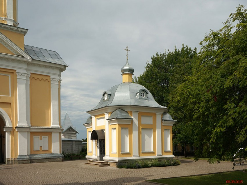 Введено-Оятский женский монастырь. Часовня Сергия и Варвары преподобных, Оять
