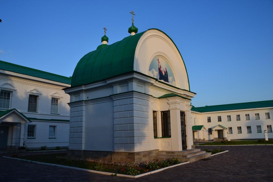 Александро-Свирский монастырь. Часовня Троицы Живоначальной, Старая Слобода