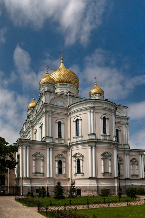 Воскресенский Новодевичий Монастырь. Собор Воскресения Христова, Санкт-Петербург