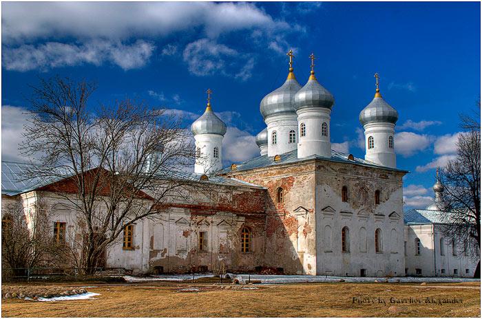 Юрьев мужской монастырь. Собор Спаса Нерукотворного Образа, Юрьево