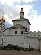 Печатники. Николо-Перервинский монастырь. Надвратная церковь Толгской иконы Божией Матери