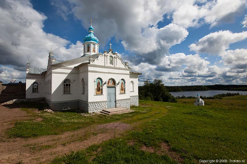 Покрово-Тервенический женский монастырь. Церковь Антония и Феодосия Печерских, Тервеничи