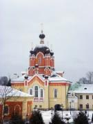 Тихвин. Тихвинский Богородице-Успенский мужской монастырь. Церковь Воздвижения Креста Господня
